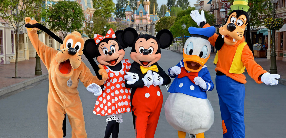 Disney Nerd: What To Pack in Your Park Bag