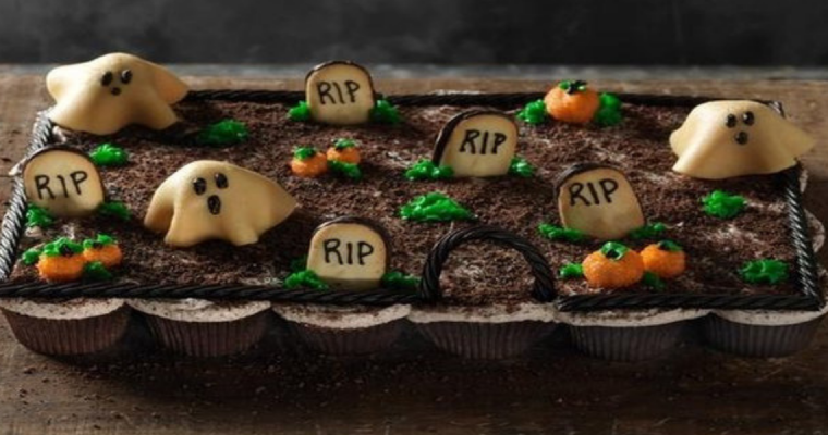 Halloween Treats: Pull Apart Graveyard Cupcakes Recipe