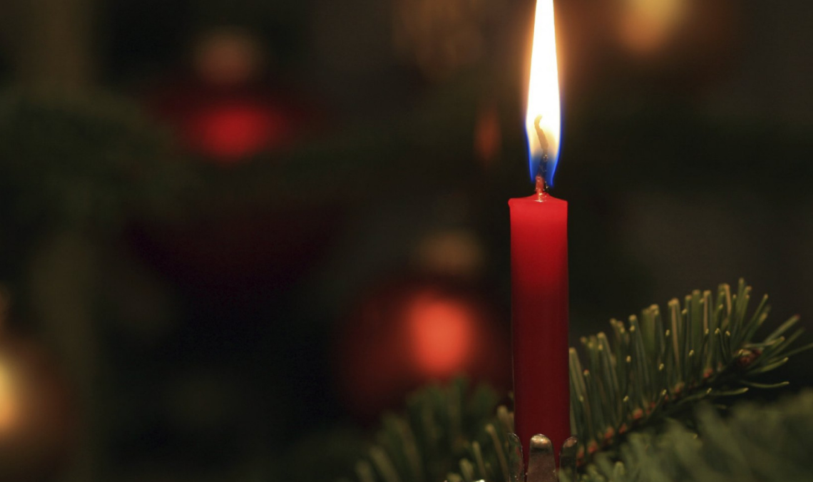 Different Ways to Remember a Loved One During Christmas